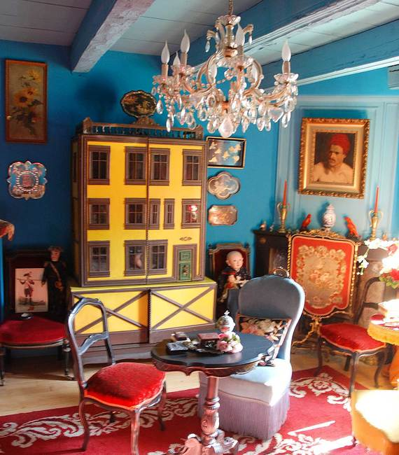Lala-house-blue-room